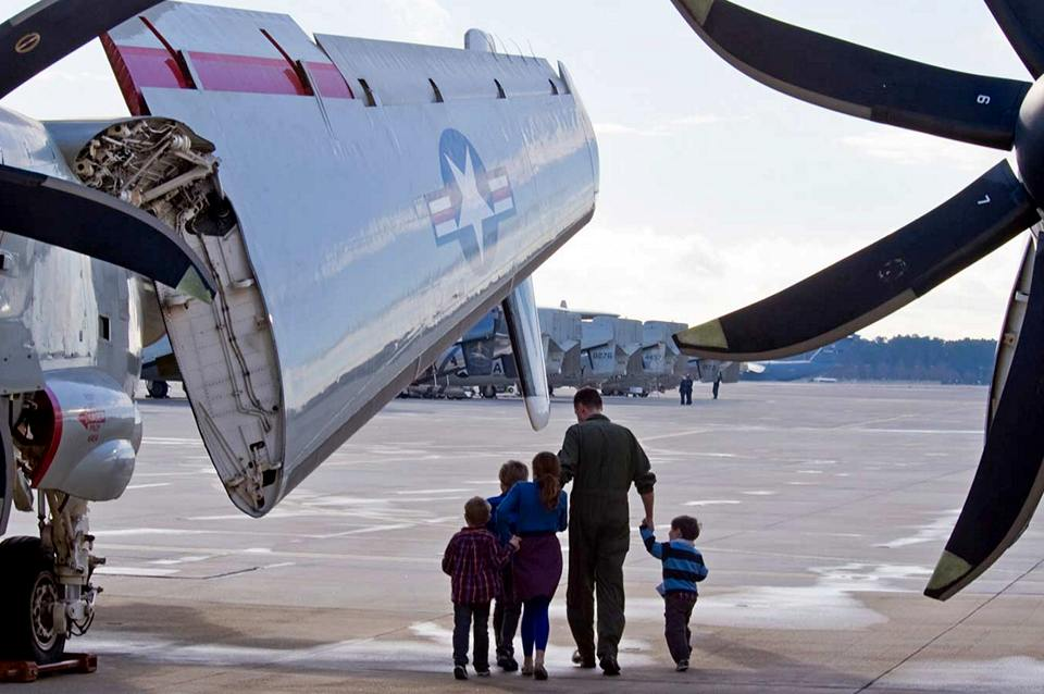 navy-family-kids-vertical-takeoff-aircraft-display